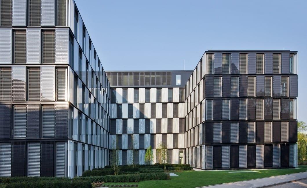 P130 RKW Duesseldorf BOC Bonneshof Office Center KPMG Photovoltaik Blockheizkraftwerk Ansgar M van Treeck 03