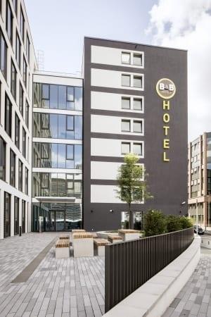 RKW Duesseldorf BundB Hotel Geschaeftshaus Economy Hotelkette Le Quartier Central Toulouser Allee Marcus Pietrek 03