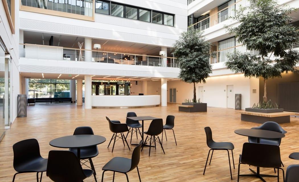 RKW Duesseldorf Douglas Headquarter Deutschland Parfuemeriekette Innenarchitektur Arbeitsplatzkonzeption Marcus Pietrek 09
