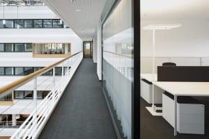 RKW Duesseldorf Douglas Headquarter Deutschland Parfuemeriekette Innenarchitektur Arbeitsplatzkonzeption Pietro Carrierie 03