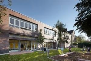 RKW Duesseldorf Einsiedelstrasse Ganztagsschule Bestandsgebaeude Grundschule katholisch Michael Reisch 02