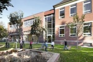 RKW Duesseldorf Einsiedelstrasse Ganztagsschule Bestandsgebaeude Grundschule katholisch Michael Reisch 03