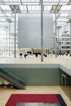 RKW Duesseldorf Haus der Aerzteschaft Auszeichnung guter Bauten 2003 Office of the year 2004 Innovationspreis Architektur 2007 Ansgar M van Treeck 02