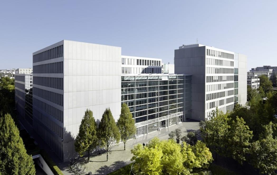 RKW Duesseldorf Haus der Aerzteschaft Auszeichnung guter Bauten 2003 Office of the year 2004 Innovationspreis Architektur 2007 Michael Reisch 01