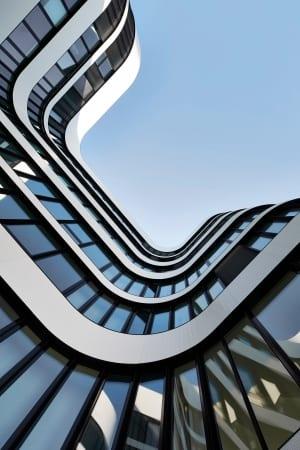 RKW Duesseldorf Panta Rhei Businesspark Flughafen Kunstobjekt LEED Gold Ralph Richter 08