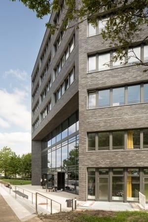 RKW Essen Rotationsgebaeude Universitaet Duisburg Essen Labor Hochschule Monolith Marcus Pietrek 04