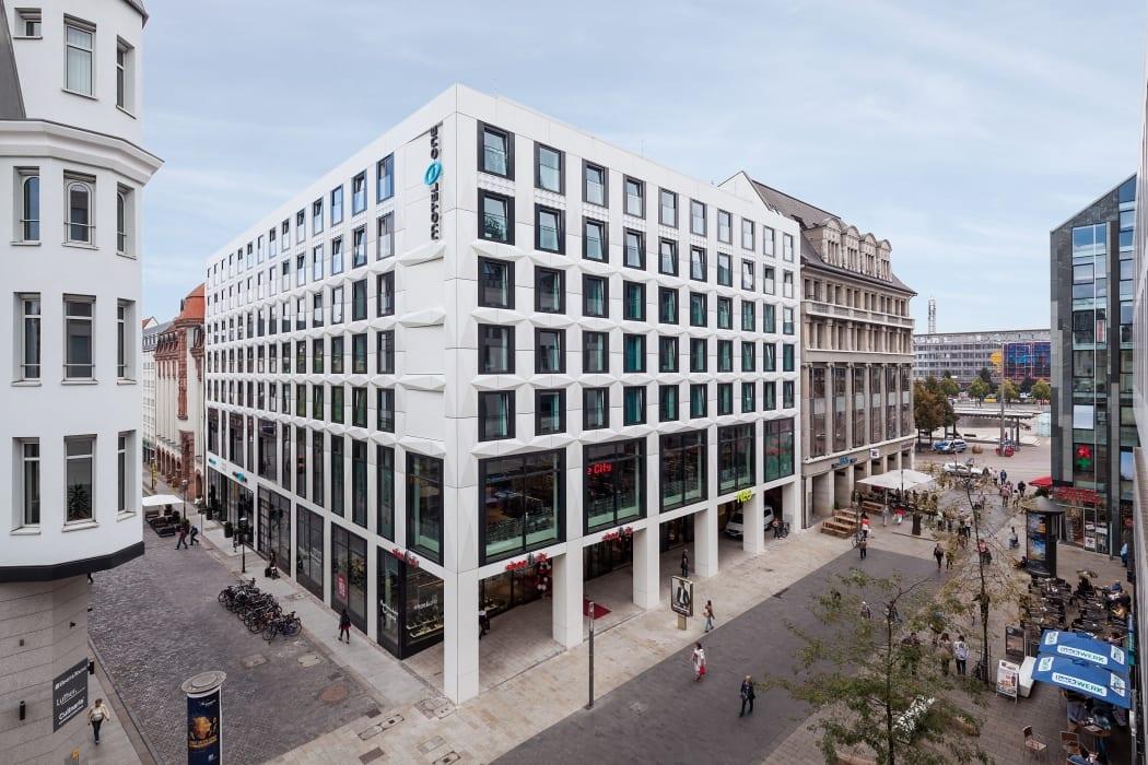 RKW Leipzig Motel One Fassadengestaltung Sanierung Nikolaikirche Hotel Hotelkette Fassadenplanung Gunter Binsack 01