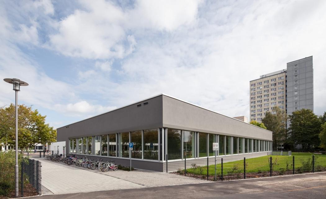 RKW Leipzig Reclam Gymnasium Dreifeldsporthalle Bauteilaktivierung Pasivhaisstandart Waermepumpentech Gunter Binsack 01