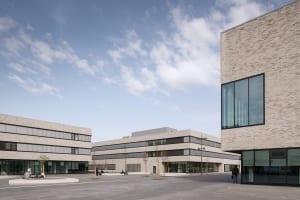 RKW Lippstadt Hochschule Hamm Lippstadt Studenten Fachbereiche Hoersaalzentrum Labore Werkstatt Mediathek Marcus Pietrek 03