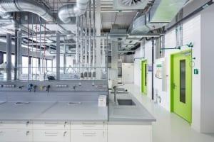RKW Lippstadt Hochschule Hamm Lippstadt Studenten Fachbereiche Hoersaalzentrum Labore Werkstatt Mediathek Marcus Pietrek 13