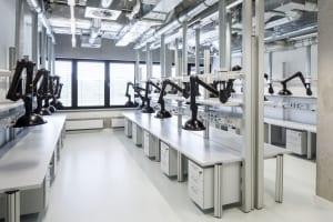 RKW Lippstadt Hochschule Hamm Lippstadt Studenten Fachbereiche Hoersaalzentrum Labore Werkstatt Mediathek Marcus Pietrek 16