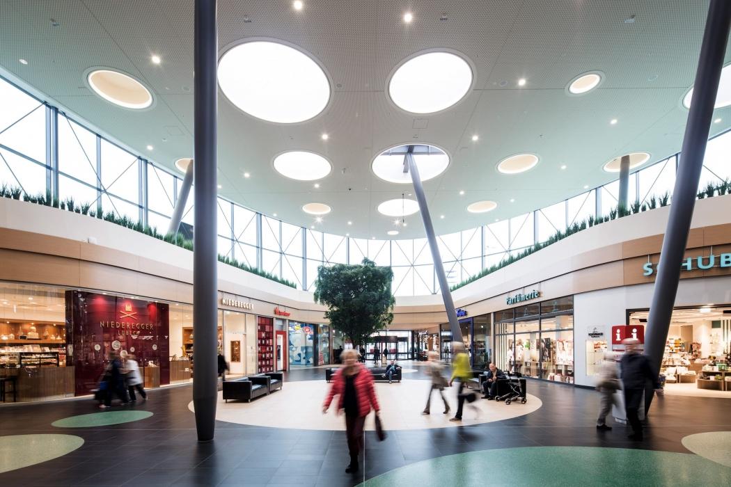 RKW Luebeck Ikea Shopping Center Moebelkonzern KnochenprinzipMall Dienstleister Marcus Pietrek 03