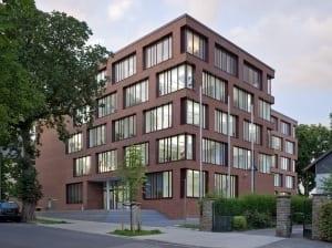 RKW Mettmann Amtsgericht Innenarchitektur Fassadenentwurf Innenarchitektur Geothermie taktiles Leitsystem Tomas Riehle 01
