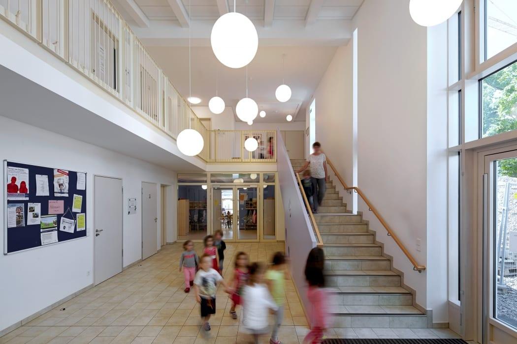 RKW Neuss Christuskirchengemeinde Kirchturm Konrad Adenauer Ring Gemeindezentrum Kindergarten Michael Reisch 04