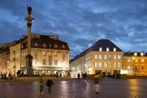 RKW Warschau Polen Geschaeftshaus Plac Zamkowy Schlossplatz UNESCO Altstadt Palace Senatorska Piotr Krajewski 03