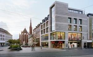 RKW Wuerzburg Flagshipstore sOliver Cafe Michel Schoenbornstrasse Stadthaeuser Wuerzburger Dom Michael Reisch 01