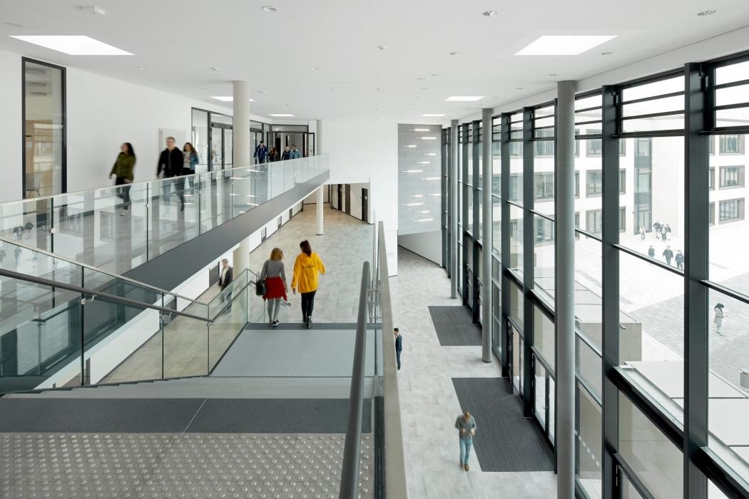 RKW Duesseldorf Albrecht Duerer Berufskolleg Michael Reisch 03