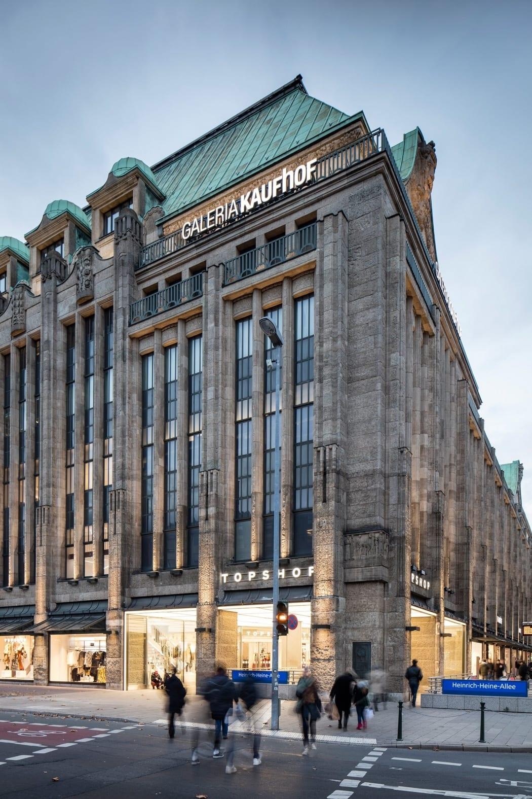 RKW Duesseldorf TOPSHOP Modemarke Shop in Shop Textilanbieter Kaufhof Marcus Pietrek 02