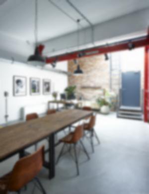 RKW Henke Y18 Duesseldorf Werbekampagne Studioflaeche Lagergebaeude D Art Design Gruppe 03